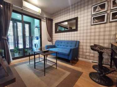 (Hot Price!) Condo for Rent / Sell near Emporium. Condolette Dwell Sukhumvit Soi 26 (1 BR). Ready to move in and open for any request if interested.